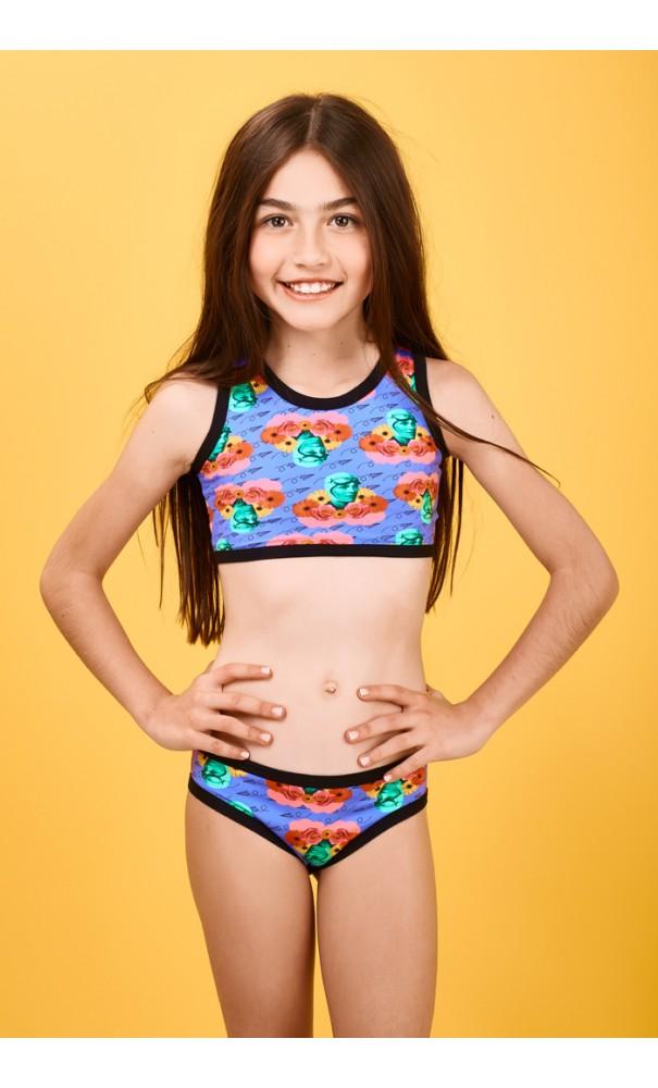 80301e80e336 Bikini para Niñas alegre y colorido.